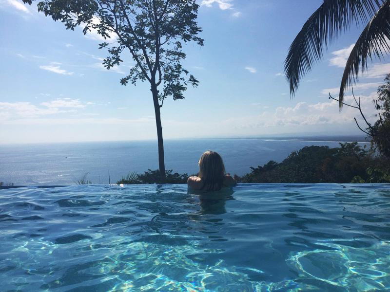 RosyCheeks-Blog-Costa-Rica-Manuel-Antonio-Hotel-La-Mariposa-pool