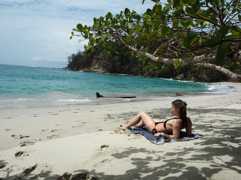 RosyCheeks-Blog-Costa-Rica-Manuel-Antonio-beach-2