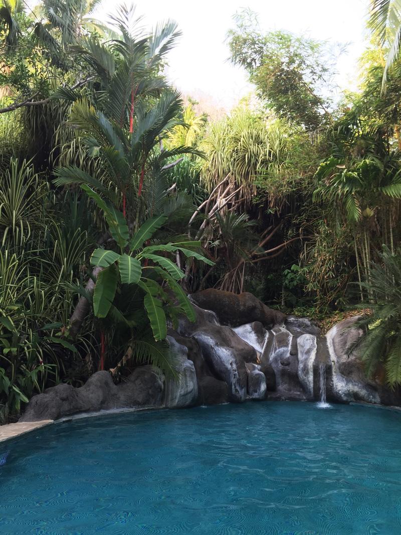 RosyCheeks-Blog-Costa-Rica-Montezuma-Hotel-YlangYlang-pool
