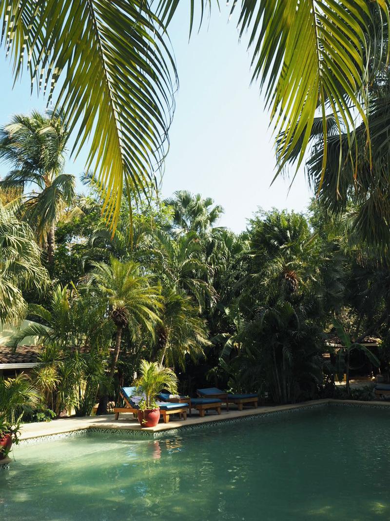 RosyCheeks-Blog-Costa-Rica-Tamarindo-Hotel-Pasatiempo-pool