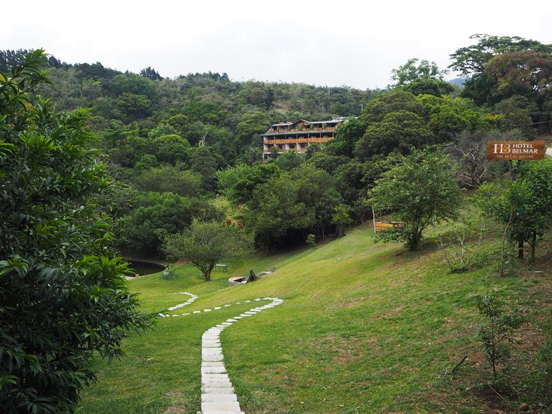 Rosycheeks-blog-Costa-Rica-Monteverde-Hotel-Belmar-2