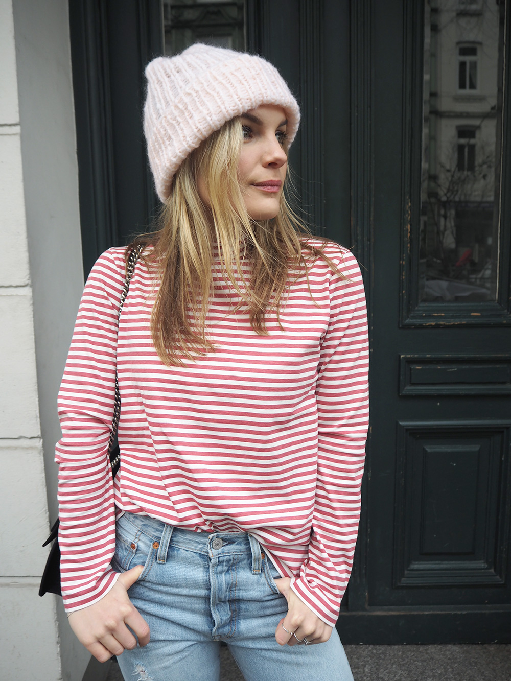 Rosycheeks-blog-levis-skinny-501-mih-jeans-pink-hat-2
