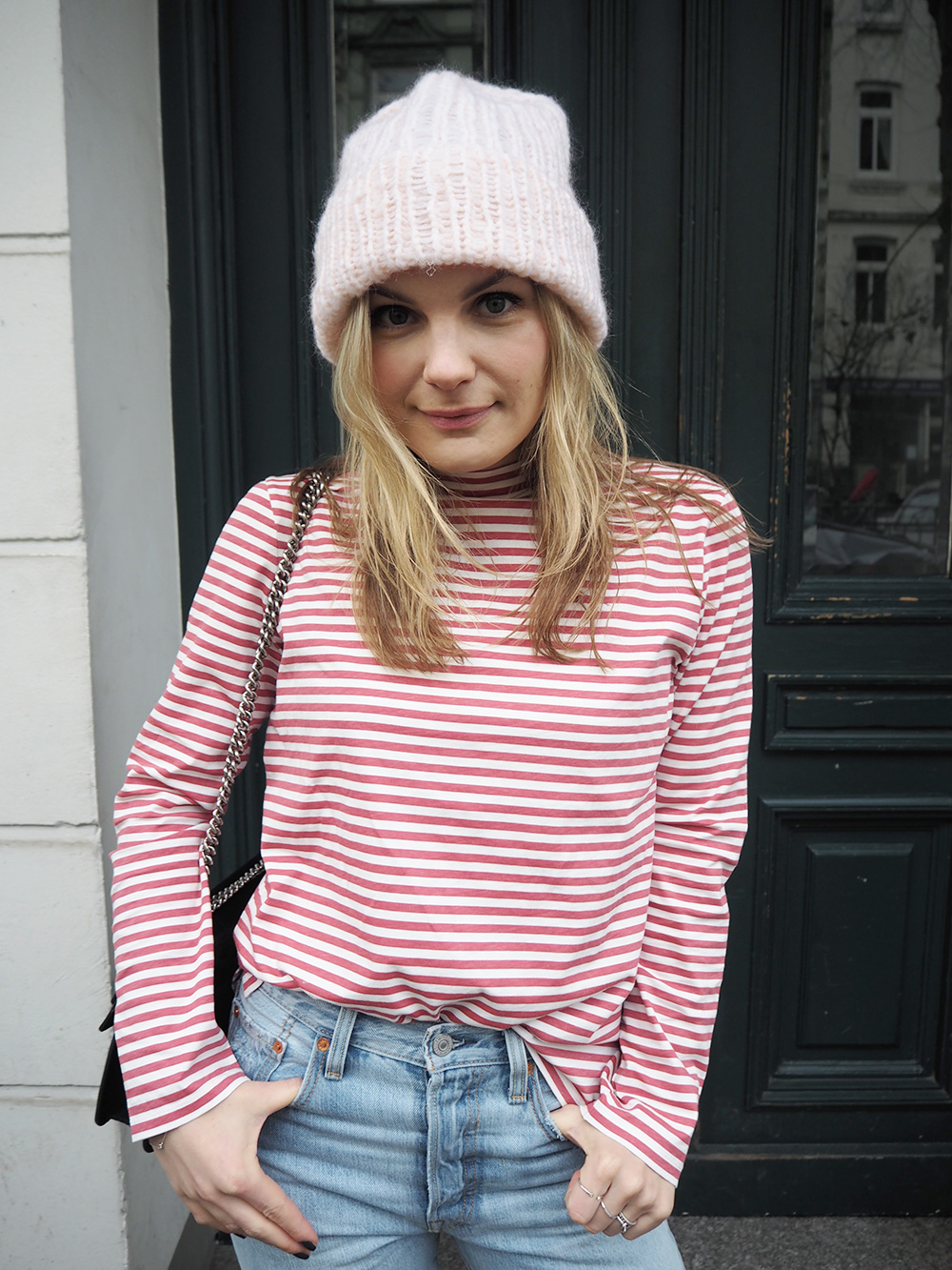 Rosycheeks-blog-levis-skinny-501-mih-jeans-pink-hat