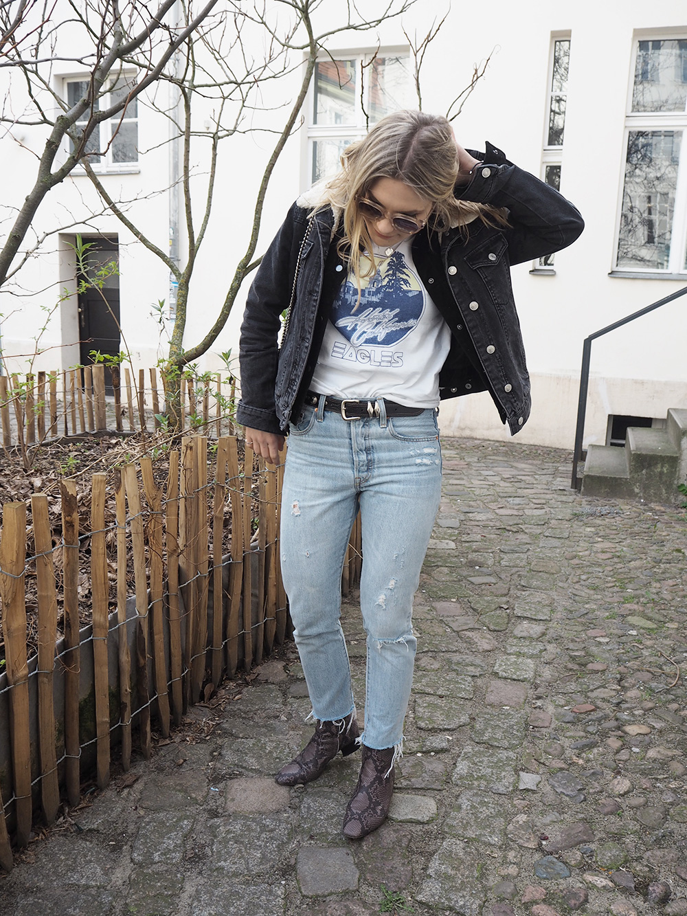 Rosycheeks-blog-Eagles-shirt-levis-501-skinny