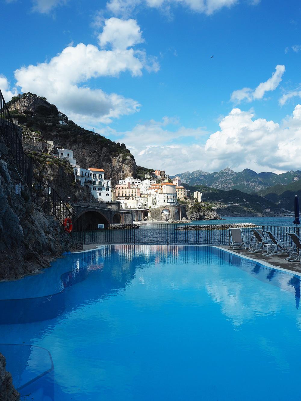 RosyCheeks-Amalfi-Hote-Luna-Convento-Pool