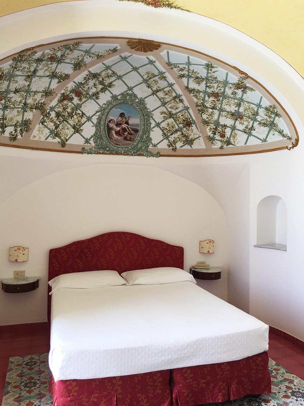 RosyCheeks-Amalfi-Hotel-Luna-Convento-room