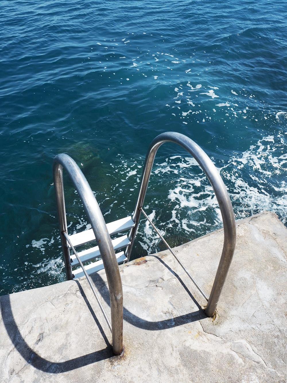 RosyCheeks-Amalfi-Hotel-Santa-Caterina-Pool-Sea