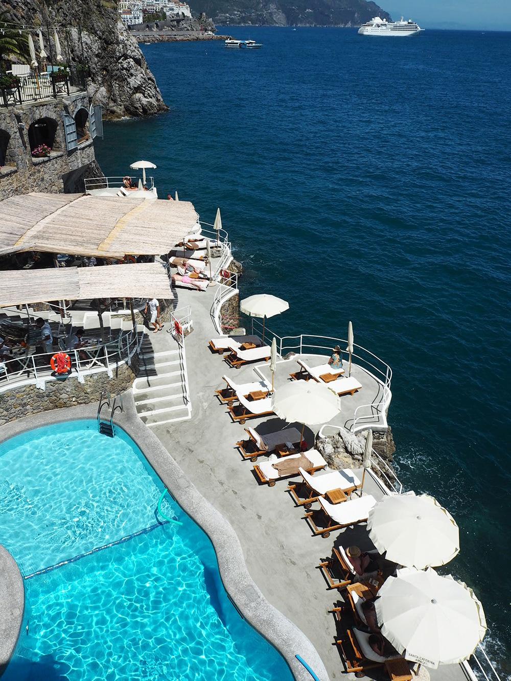 RosyCheeks-Hotel-Santa-Caterina-pool-restaurant