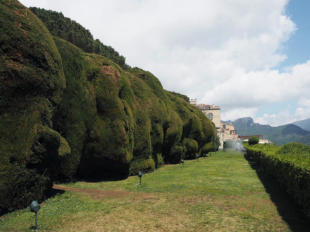 RosyCheeks-Ravello-Villa-Cimbrone-garden
