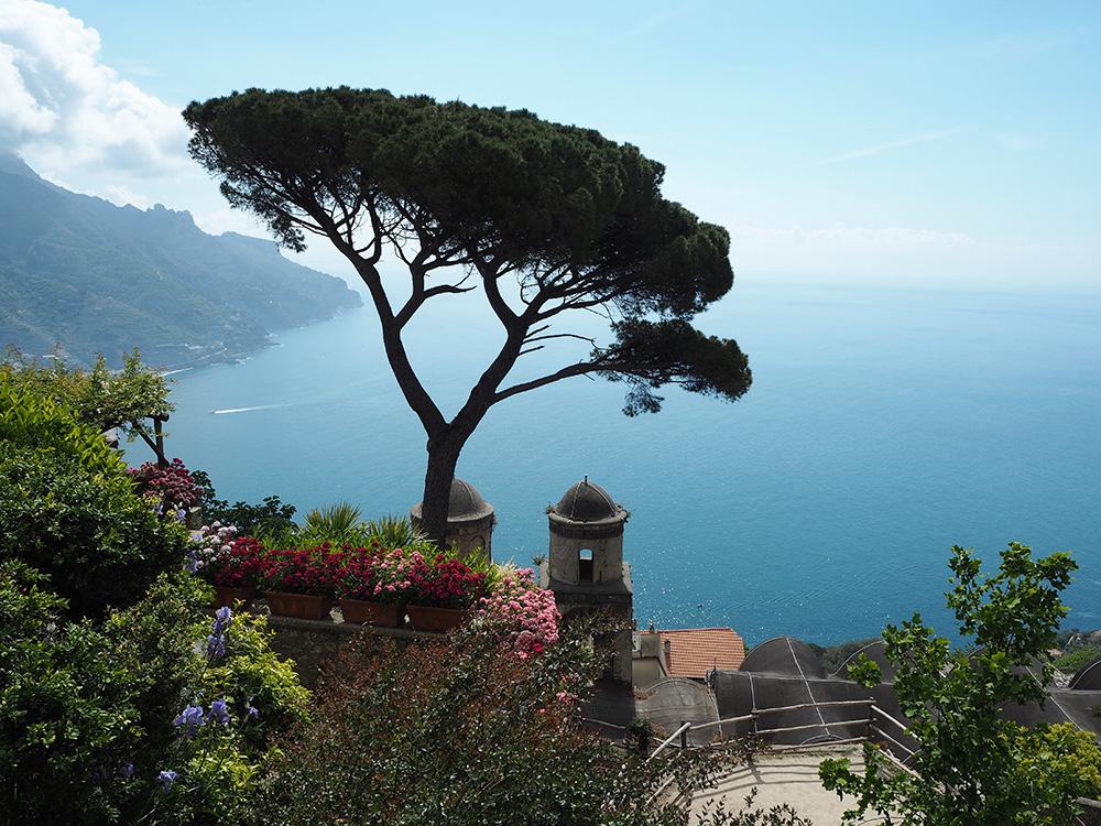 RosyCheeks-Ravello-Villa-Rufolo-Sea
