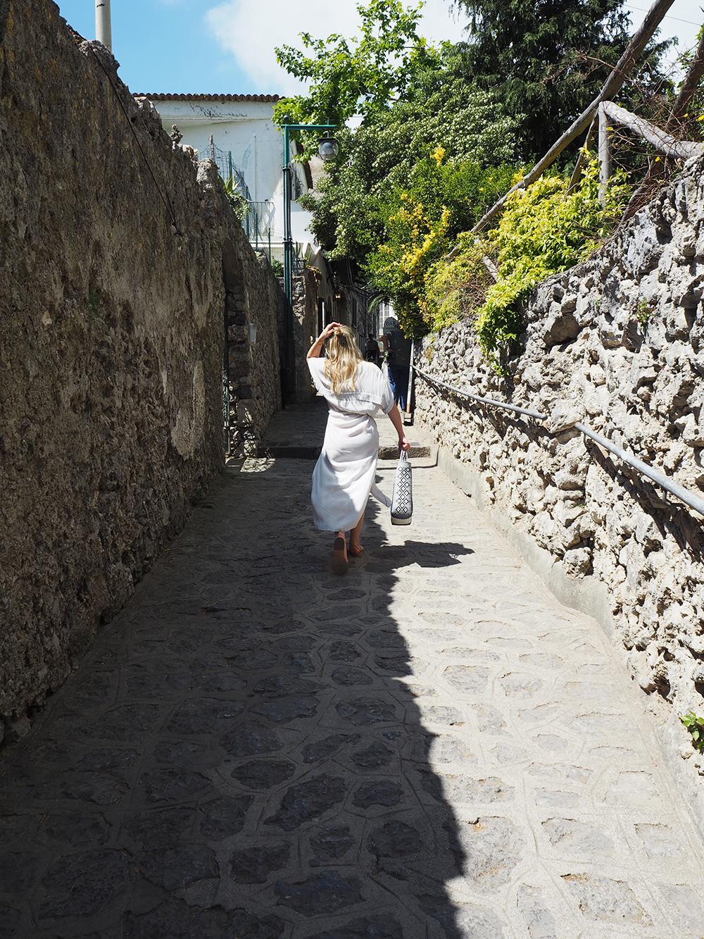 RosyCheeks-Ravello-alley