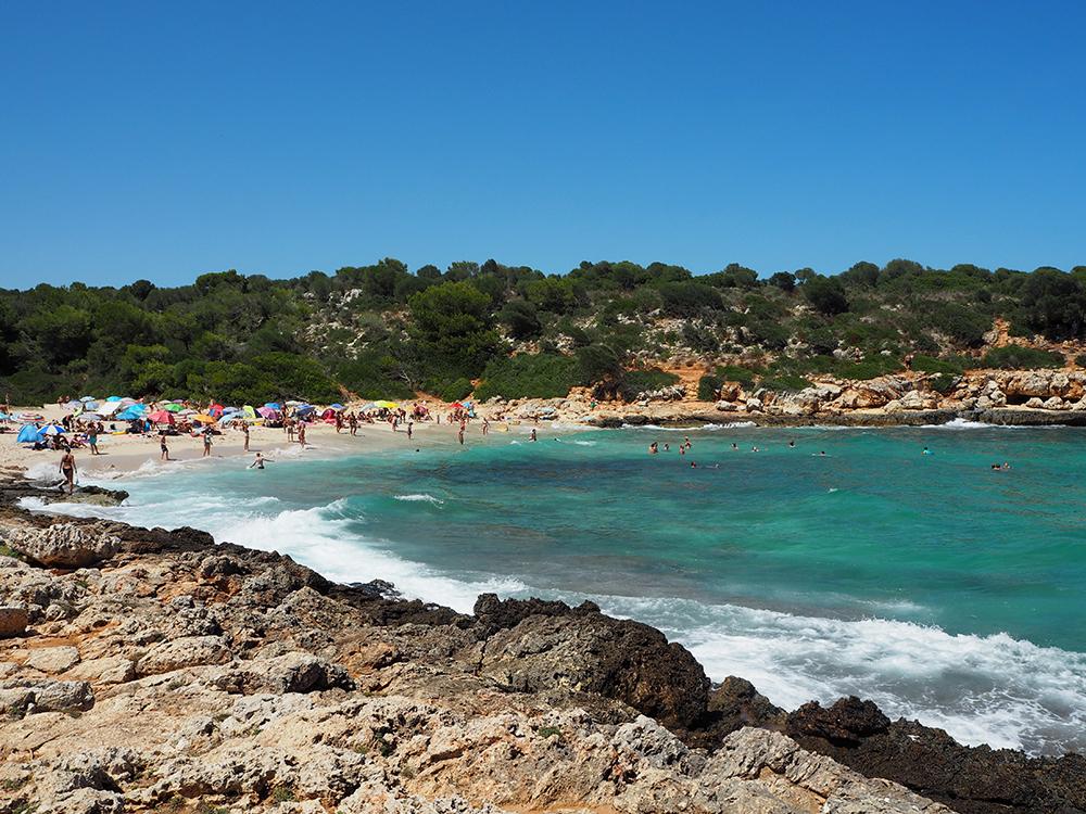 RosyCheeks-Mallorca-Cala-Varques-beach