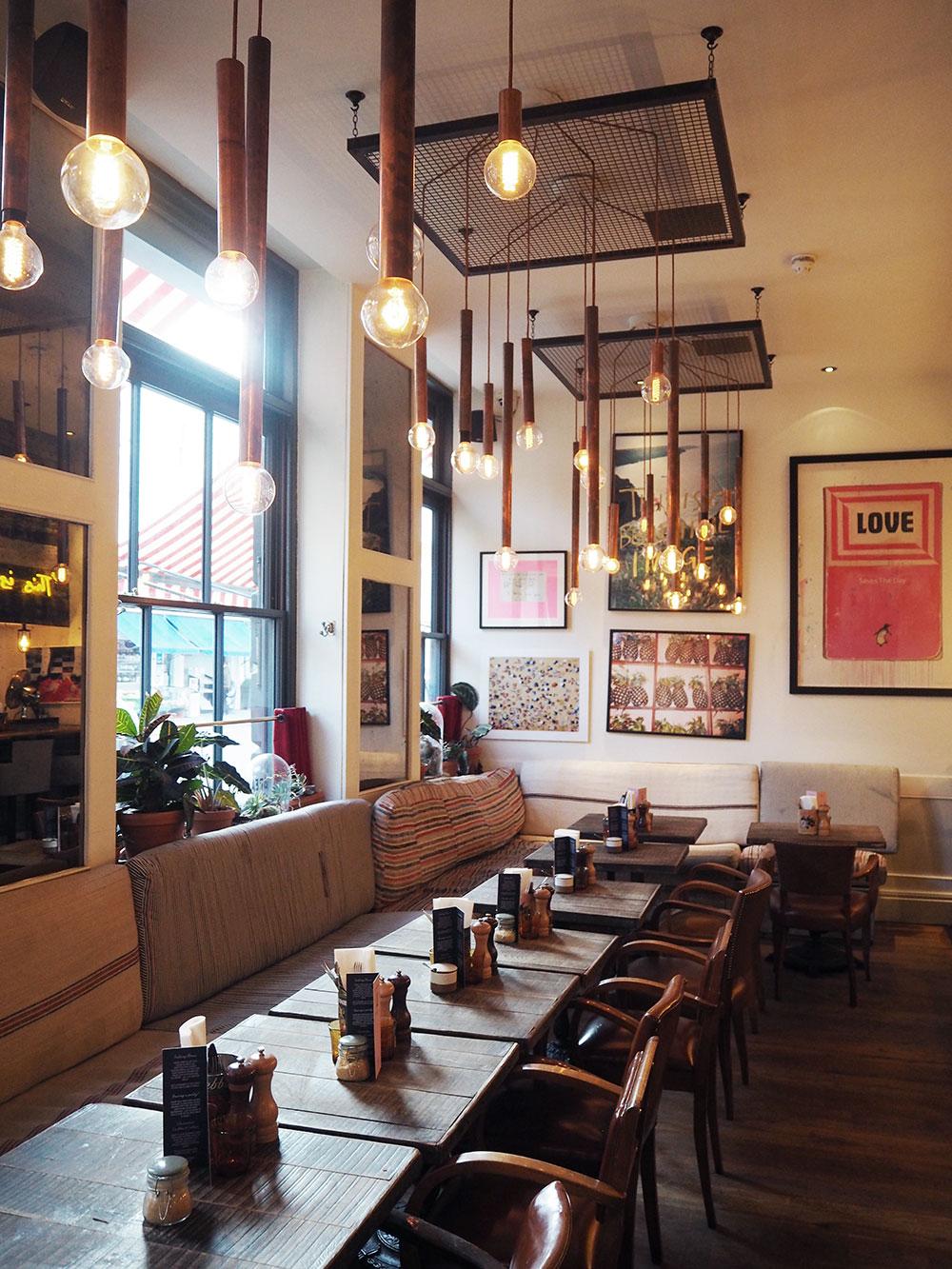 RosyCheeks-Artist-Residence-London-Cambridge-Street-Kitchen