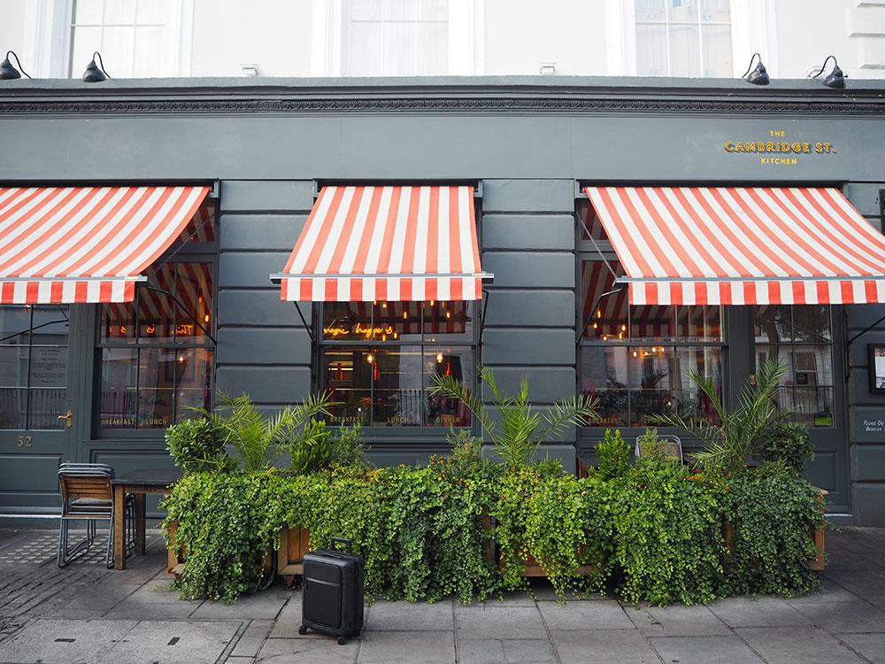 RosyCheeks-Artist-Residence-London-entrance