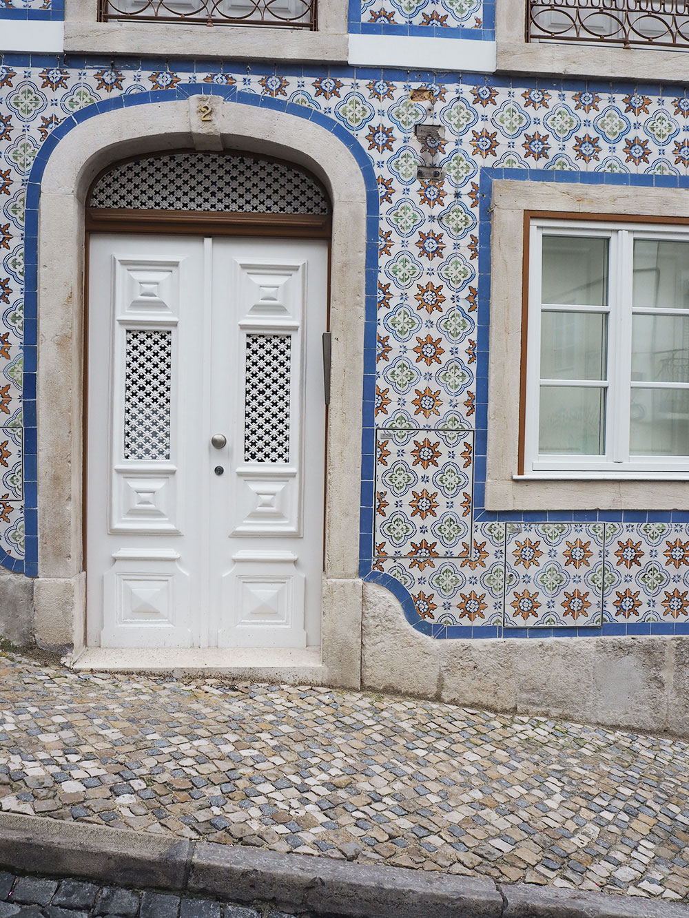 RosyCheeks-lisbon-door-tiles