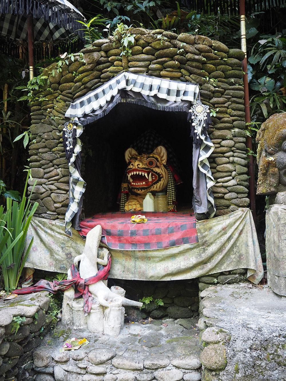 RosyCheeks-Bali-Alam-Ubud-Shrine