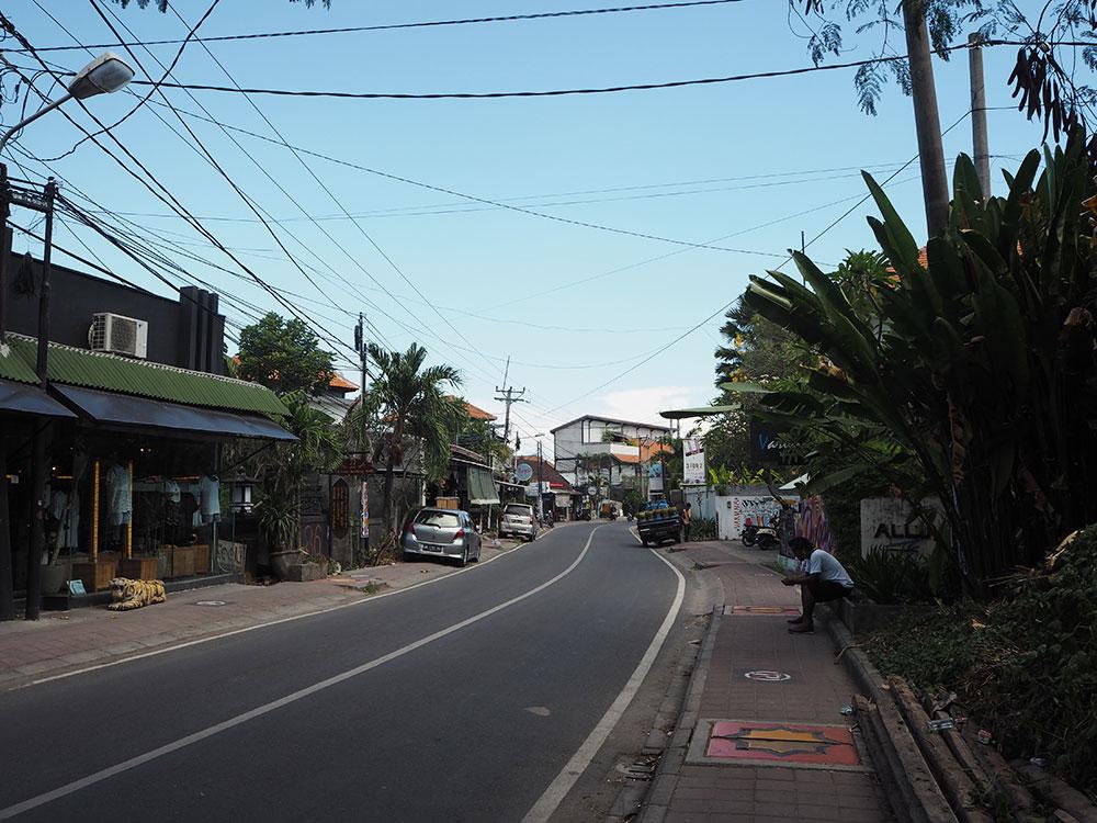 RosyCheeks-Bali-Canggu-Street