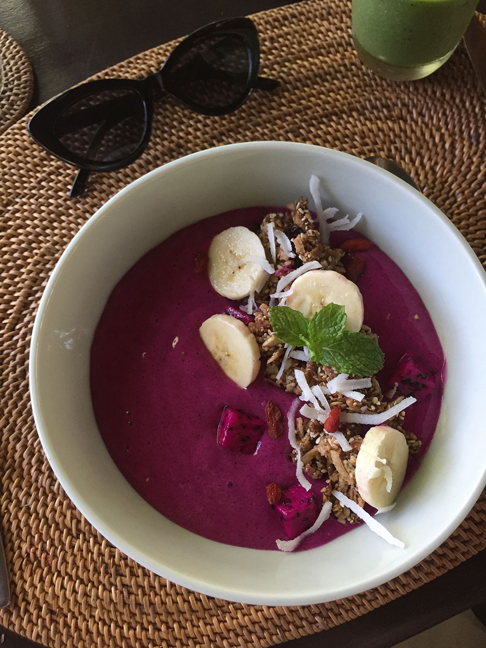 RosyCheeks-Bali-Fivelements-Pink-Smoothie-Bowl