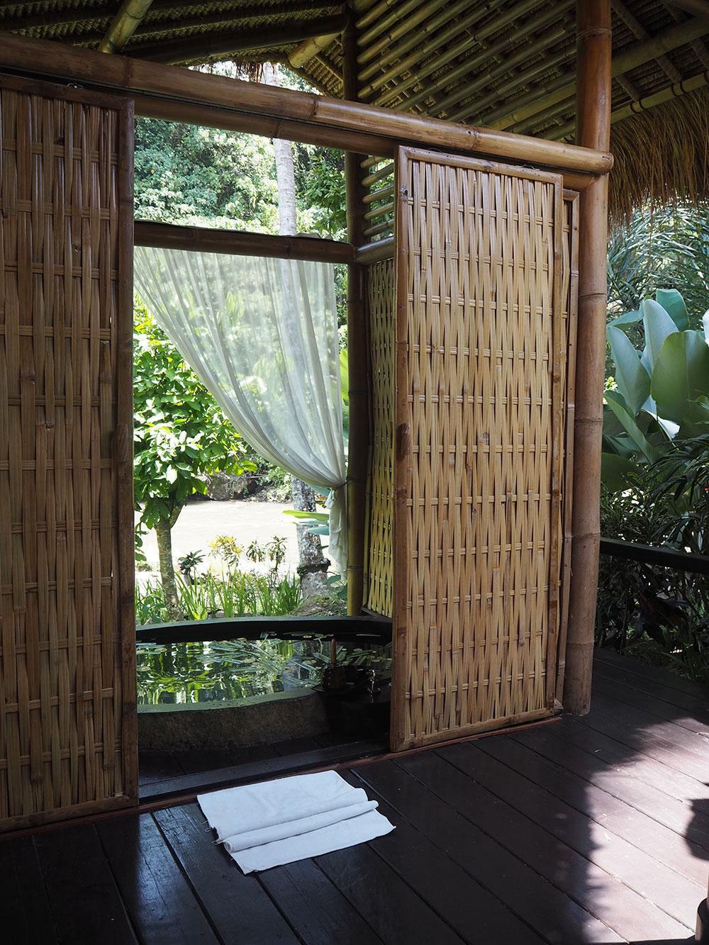 RosyCheeks-Bali-Fivelemets-Bath-3