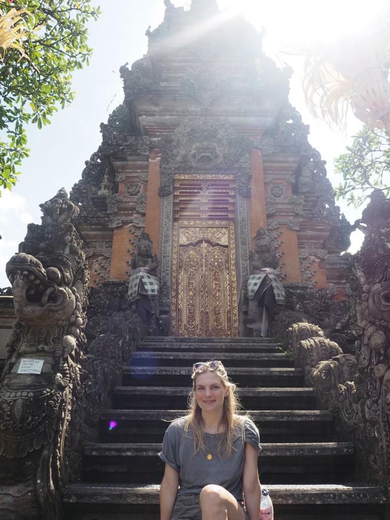 RosyCheeks-Bali-Ubud-temple