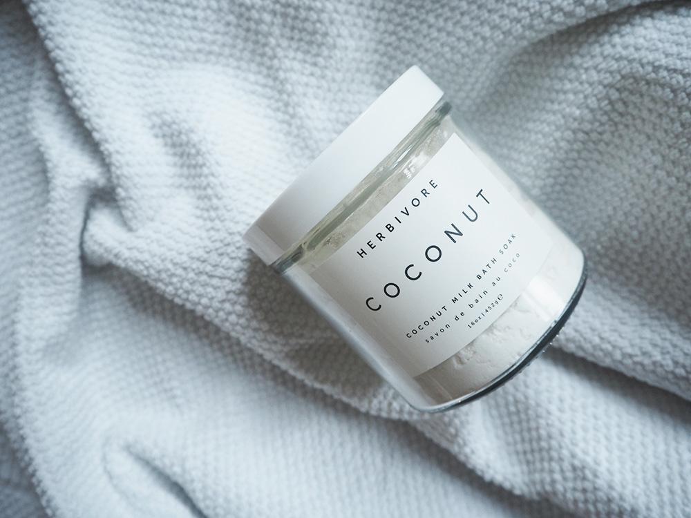 RosyCheeks-Herbivore-coconut-bath