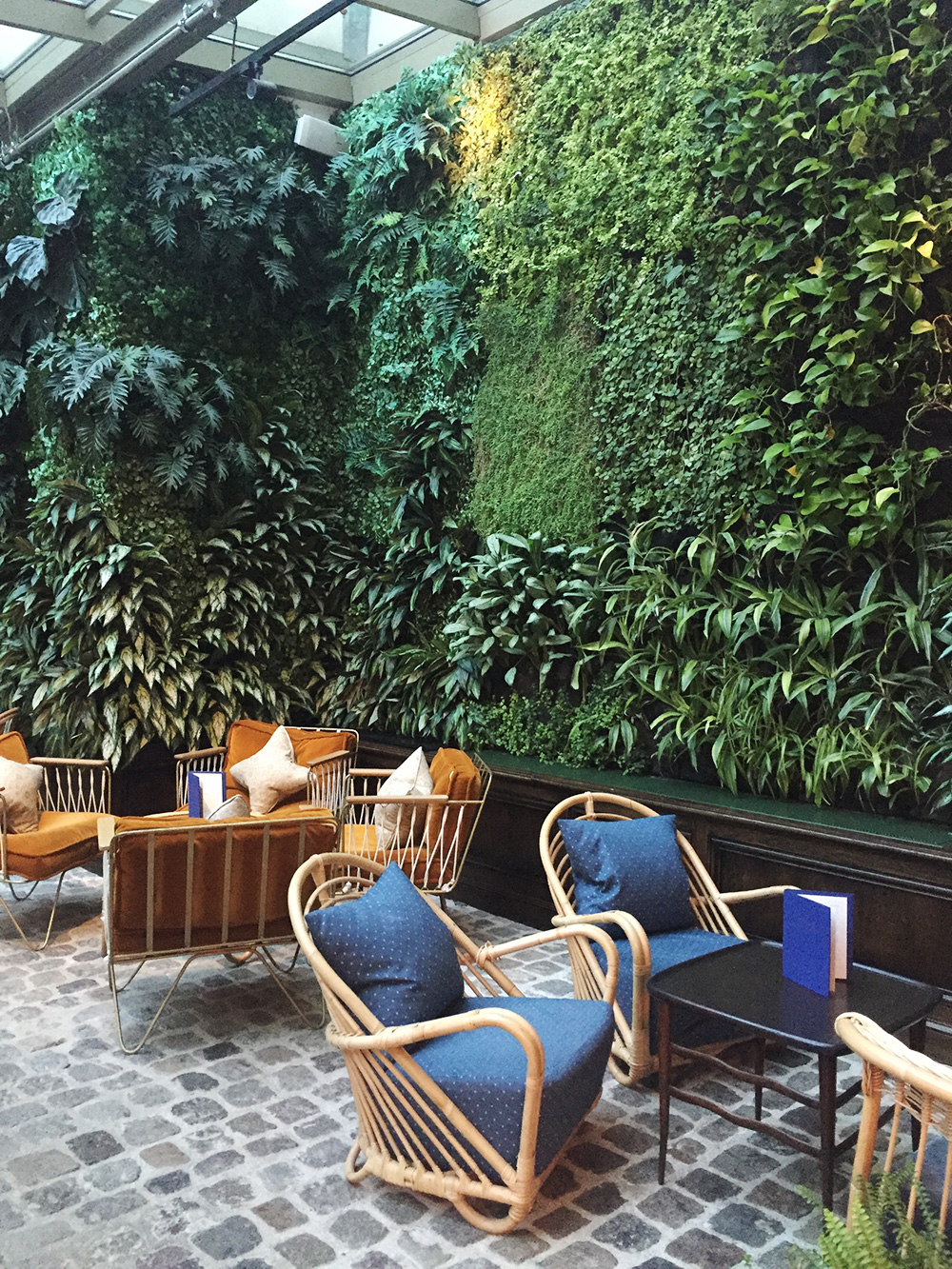 RosyCheeks-Blog-The-Hoxton-Hotel-Paris-plants