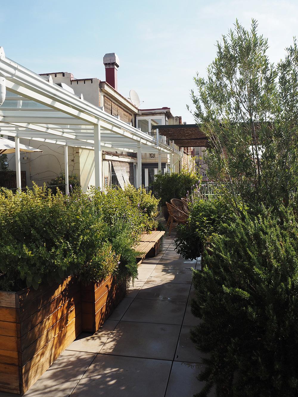 RosyCheeks-Barcelona-Casa-Bonay-roofgarden