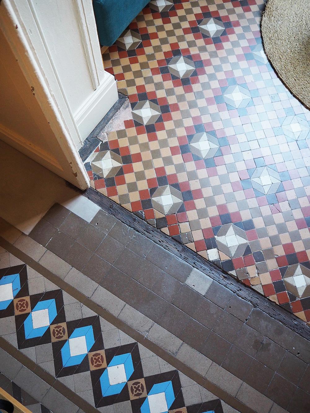 RosyCheeks-Barcelona-Casa-Bonay-room-floor