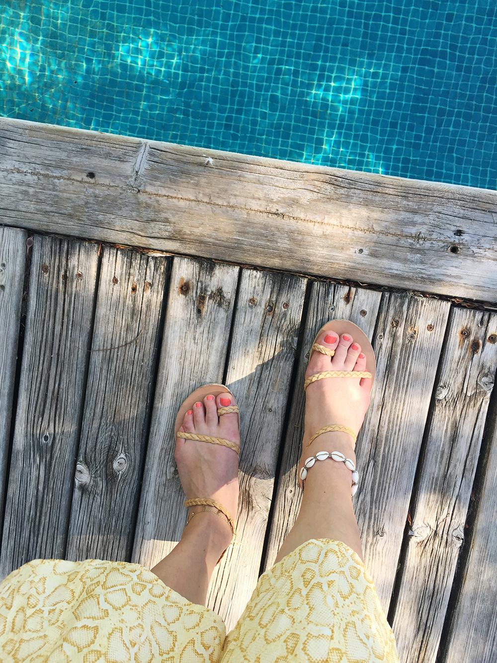 RosyCheeks-Blog-Les-Hamaques-Pool