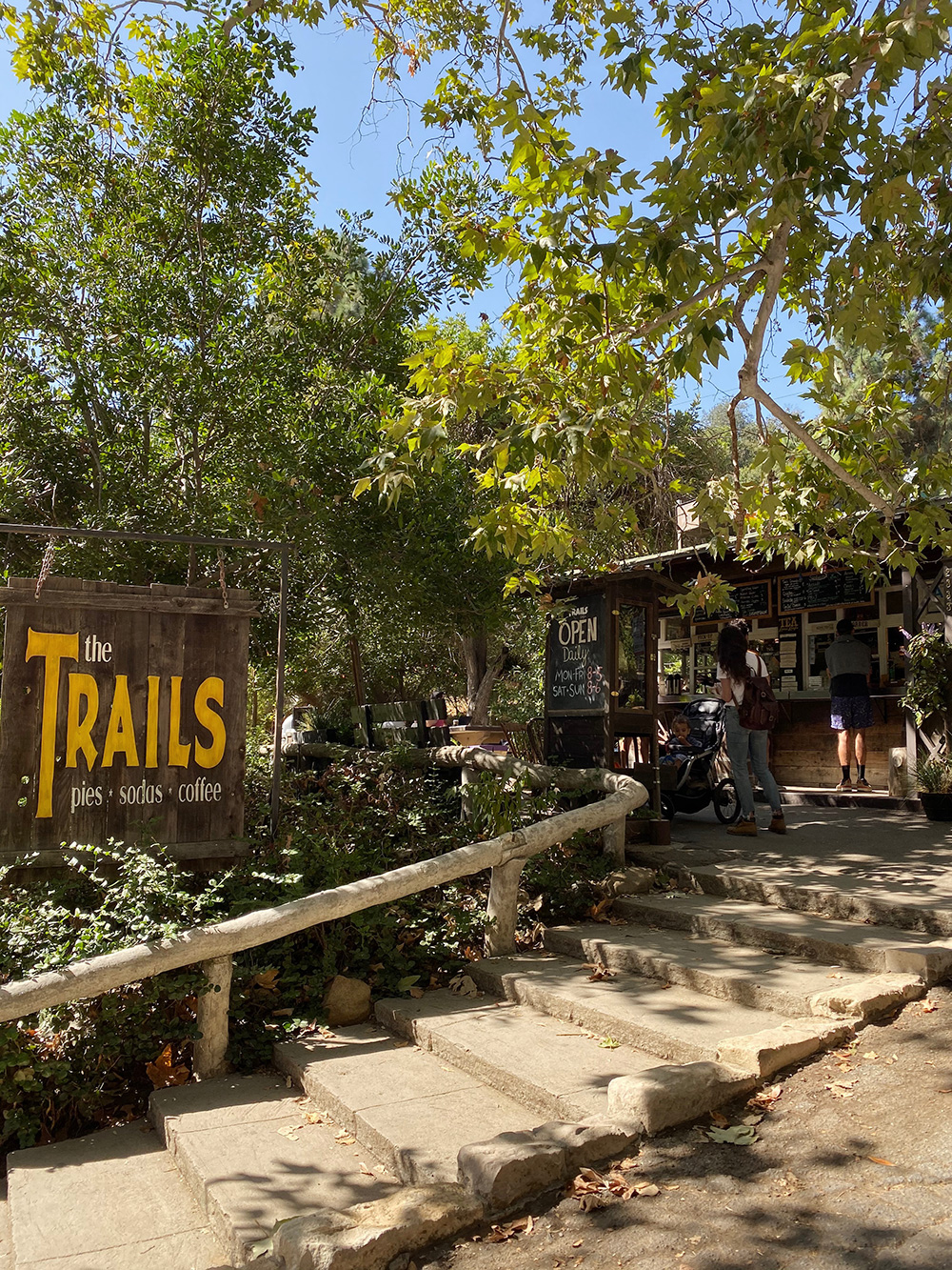 RosyCheeks-Blog-Los-Angeles-Trails-Cafe