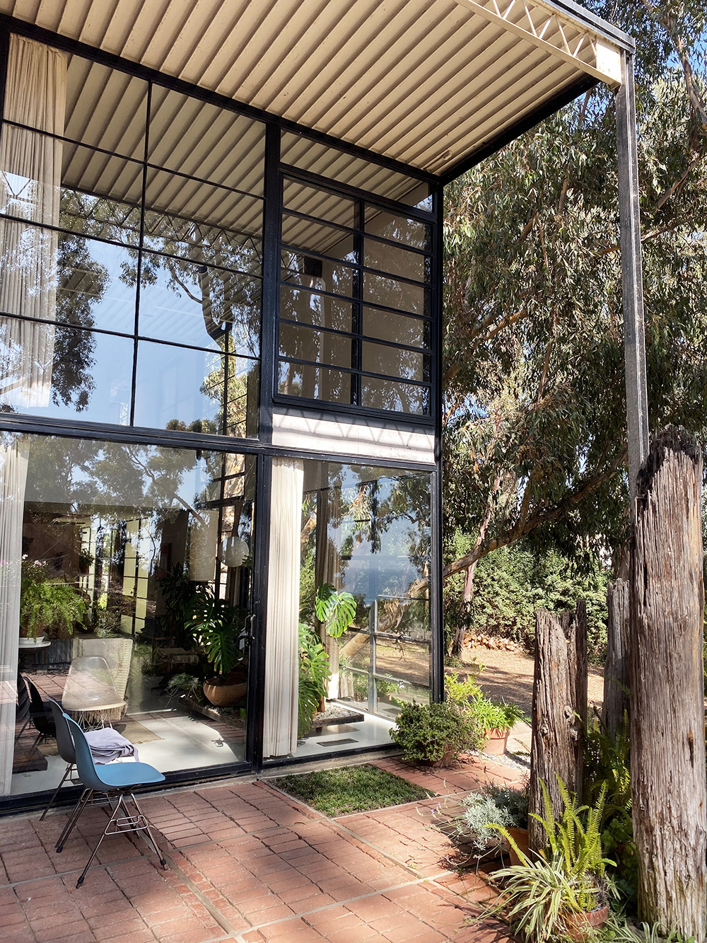 RosyCheeks-Eames-House-3